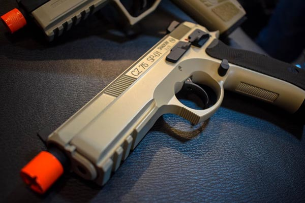10 Best Airsoft Pistols 2020 Review