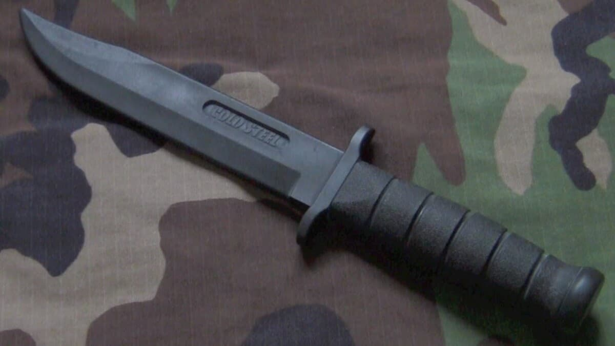 How To Use A Knife In Airsoft? Airsoft Knife Rules Guide